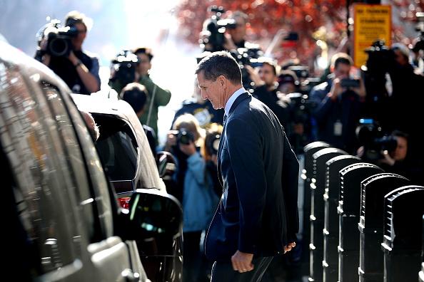 Advice「Former Trump Adviser Michael Flynn Charged With Making False Statement To FBI」:写真・画像(6)[壁紙.com]