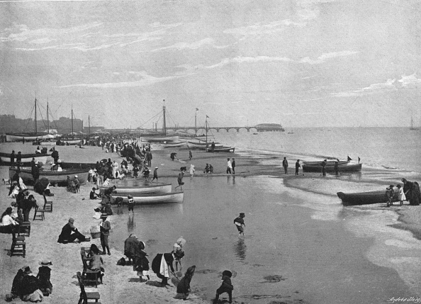 Financial Figures「The Beach Great Yarmouth, C1900」:写真・画像(11)[壁紙.com]