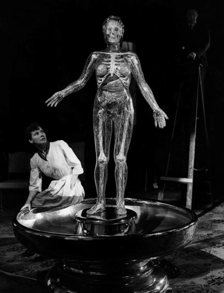 Manufactured Object「Transparent Robot」:写真・画像(1)[壁紙.com]