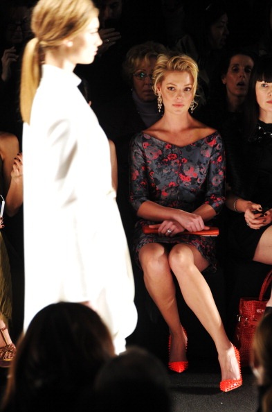 Katherine Heigl「J. Mendel - Front Row - Fall 2013 Mercedes-Benz Fashion Week」:写真・画像(16)[壁紙.com]