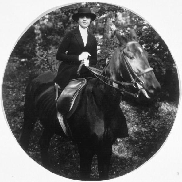 Horse「Lady Rider」:写真・画像(5)[壁紙.com]