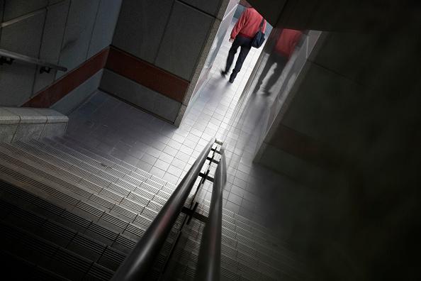 Steps「Exterior Stairway and pedestrian, London, UK」:写真・画像(9)[壁紙.com]