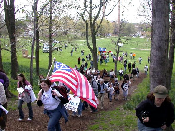 University Student「Anti-War March Held At Kent State」:写真・画像(12)[壁紙.com]