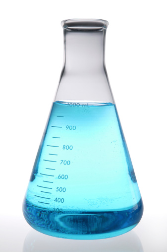 Chemical「blue lab beaker used in lab research(with clipping path)」:スマホ壁紙(5)