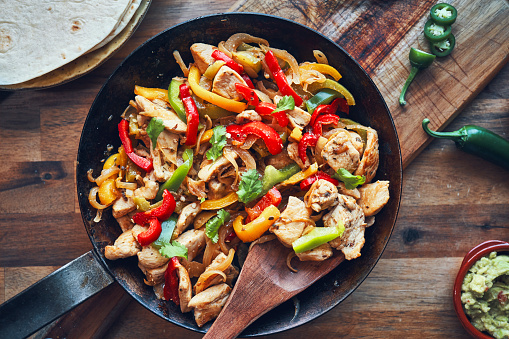 Fajita「Fajitas de Pollo Chicken marinated Tortillas with Onions and Peppers」:スマホ壁紙(9)