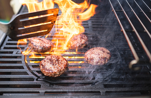Party - Social Event「Hamburgers cooking on the BBQ」:スマホ壁紙(16)