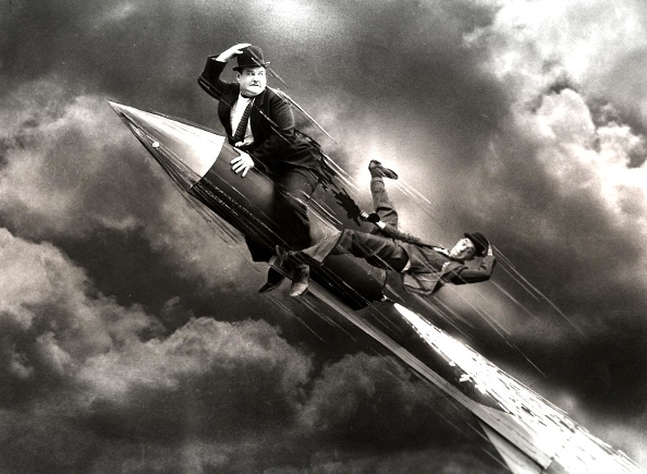 Action Movie「Laurel And Hardy, 1920Er, 1920S, Dick Und Doof, Film, Flug, Himmel, Oliver Hardy, Rakete, Stan Laurel, Stummfilm, Wolken, Action, Clouds, Fliegen, Flight, Flighting, Rocket, Silvent Movie, Sky」:写真・画像(0)[壁紙.com]