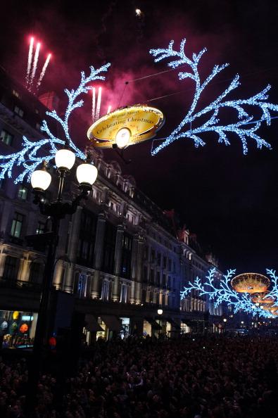 2012 Summer Olympics - London「Regent Street Christmas Lights Switch On」:写真・画像(10)[壁紙.com]