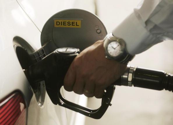 Engine「Drivers Cross European Borders To Queue For Cheap Fuel」:写真・画像(14)[壁紙.com]
