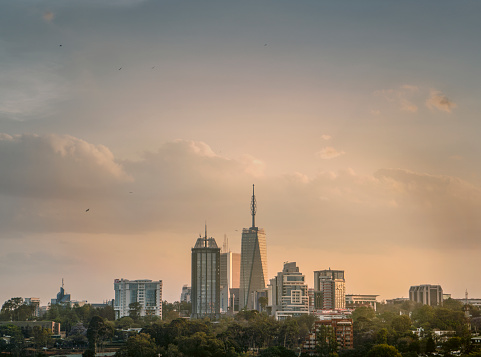 Kenya「Nairobi's urban development」:スマホ壁紙(1)