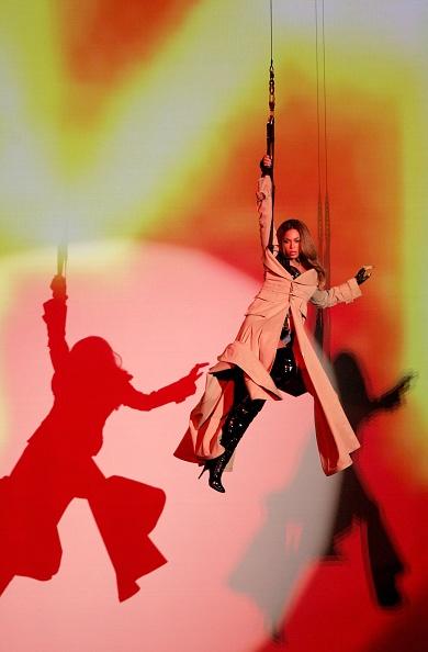 Radio City Music Hall「2006 MTV Video Music Awards - Show」:写真・画像(15)[壁紙.com]