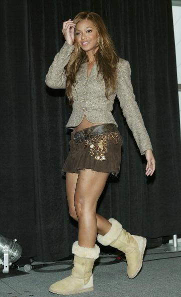 Skirt「Pre-Game Press Conference For Super Bowl XXXVIII」:写真・画像(2)[壁紙.com]