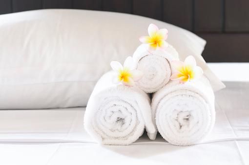 Linen「Hotel Luxury」:スマホ壁紙(7)