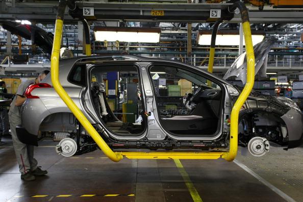 Mulhouse「Automobile Production At PSA Peugeot Citroen Plant In Mulhouse」:写真・画像(15)[壁紙.com]