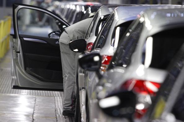 Mulhouse「Automobile Production At PSA Peugeot Citroen Plant In Mulhouse」:写真・画像(14)[壁紙.com]