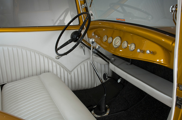 Bench「1932 Ford Model B Custom Car」:写真・画像(15)[壁紙.com]