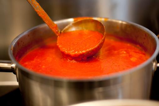 Tomato Sauce「Ladle in pot of marinara sauce」:スマホ壁紙(18)