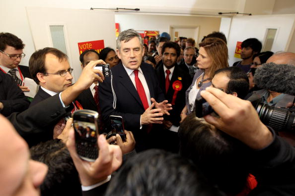 Dan Kitwood「Gordon Brown Campaigns in Constituencies Across London」:写真・画像(2)[壁紙.com]