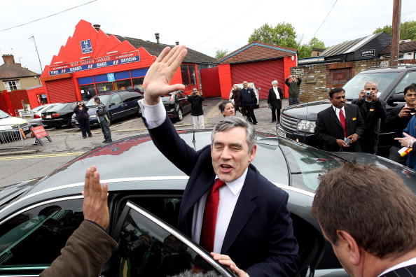 Dan Kitwood「Gordon Brown Campaigns in Constituencies Across London」:写真・画像(3)[壁紙.com]