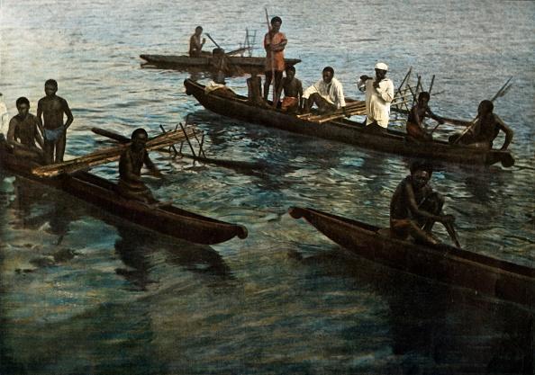 1900「Nouvelle-Guinee Pirogues Papoues」:写真・画像(9)[壁紙.com]