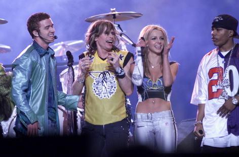 Tampa「MTV Super Bowl Halftime」:写真・画像(11)[壁紙.com]