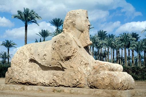 Alabaster「Egypt Memphis near Cairo The Alabaster Sphinx」:スマホ壁紙(1)