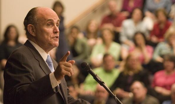 Southwest「Rudy Giuliani Speaks At Houston Baptist University」:写真・画像(14)[壁紙.com]