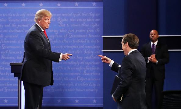 Fox Photos「Final Presidential Debate Between Hillary Clinton And Donald Trump Held In Las Vegas」:写真・画像(11)[壁紙.com]