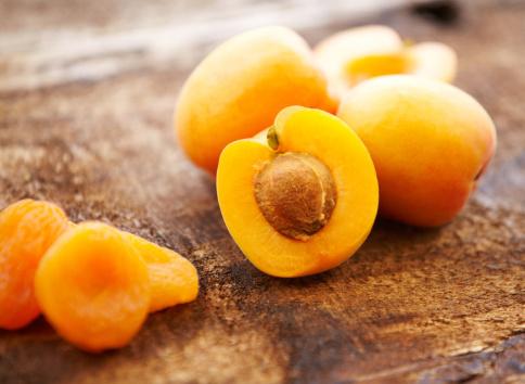 Seed「Organic fresh and dried apricots」:スマホ壁紙(14)