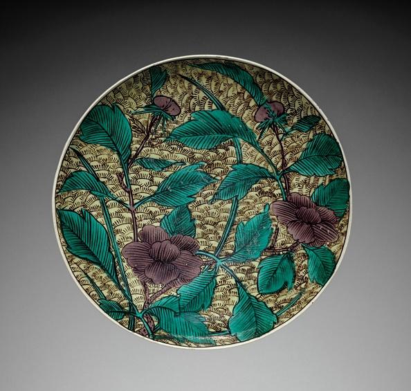Ceramics「Plate With Peony Design: Kutani Ware」:写真・画像(12)[壁紙.com]