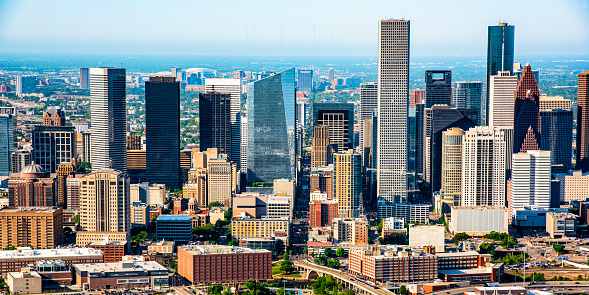 Helicopter Point of View「Skyscrapers of Downtown Houston」:スマホ壁紙(11)