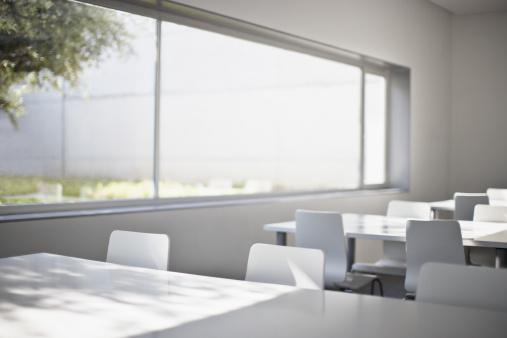 Cafeteria「Empty corporate training room」:スマホ壁紙(11)