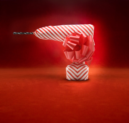 Christmas Paper「Cordless drill wrapped in gift paper」:スマホ壁紙(13)