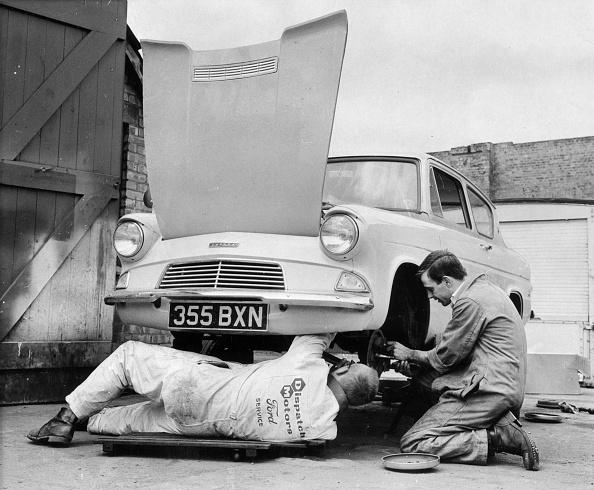 Mechanic「Car Check」:写真・画像(8)[壁紙.com]