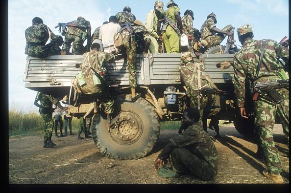 Army Soldier「SPLA Rebel Fighters In Southern Sudan」:写真・画像(19)[壁紙.com]