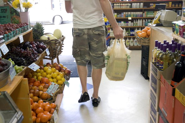 David Paul Morris「San Francisco To Ban Non-Recyclable Plastic Bags」:写真・画像(12)[壁紙.com]