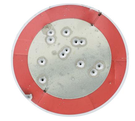 Hole「Target」:スマホ壁紙(9)