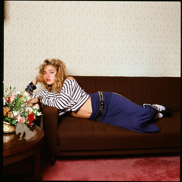 Image「Madonna Relaxing In A Hotel Room」:写真・画像(2)[壁紙.com]