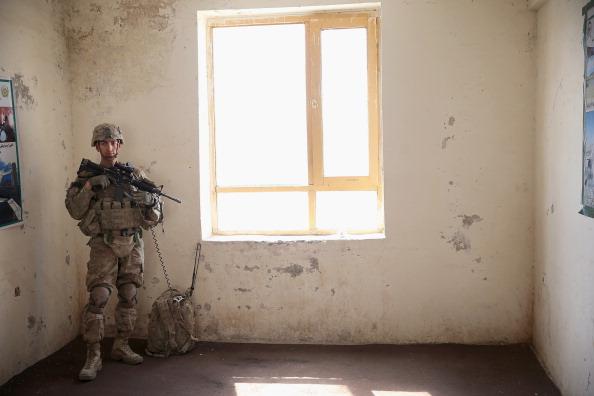 Daniel Gi「U.S. Soldiers Provide Security Around Kandahar Airfield」:写真・画像(5)[壁紙.com]