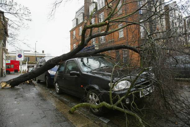 Southern England Battered By Storms:ニュース(壁紙.com)