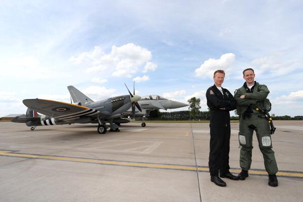 Stringer「Unveiling Of Commemorative D-Day Eurofighter Typhoon Jet」:写真・画像(10)[壁紙.com]