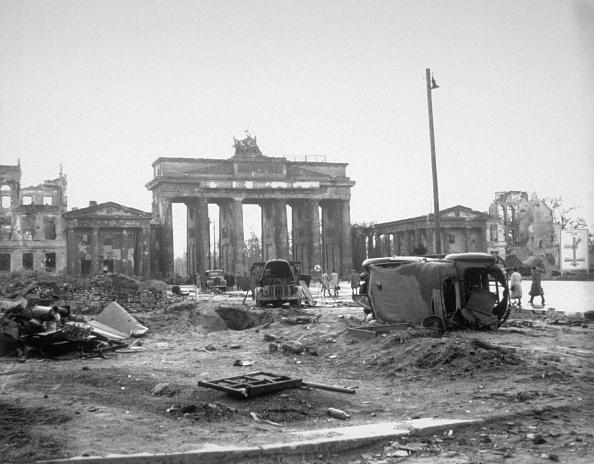 World War II「Ruins In Berlin」:写真・画像(18)[壁紙.com]