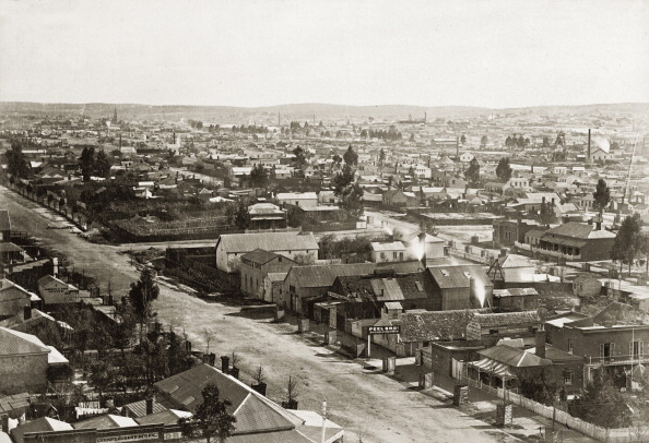 Town「Booms Town Sandhurst. United Kingdom. Photograph. About 1885.」:写真・画像(7)[壁紙.com]