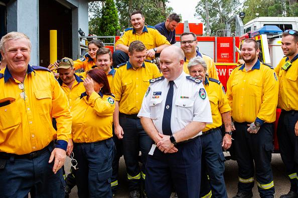 Brigade「Tributes Flow For Volunteer Firefighters Killed Battling Bushfires In Western Sydney」:写真・画像(7)[壁紙.com]