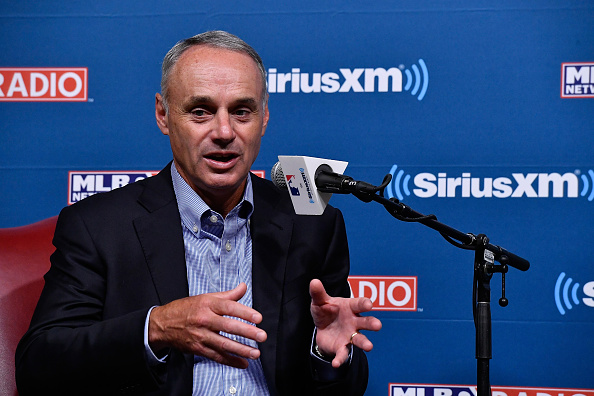 Government Building「SiriusXM Presents A Town Hall With MLB Commissioner Rob Manfred」:写真・画像(7)[壁紙.com]