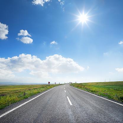 New Life「empty road to success」:スマホ壁紙(18)