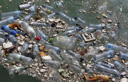 Deterioration「Plastic bottles & garbage floating in Indian Ocean.」:スマホ壁紙(10)