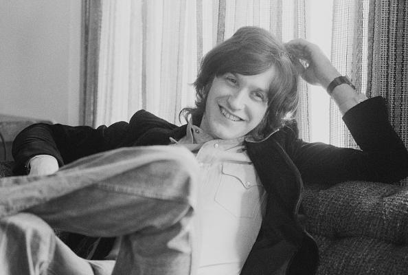 Three Quarter Length「Kinks Guitarist」:写真・画像(19)[壁紙.com]