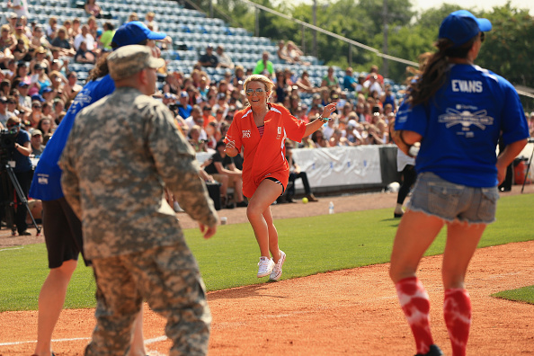 Jamie Lynn Spears「City of Hope Celebrity Softball Game at CMA Festival - Game」:写真・画像(4)[壁紙.com]
