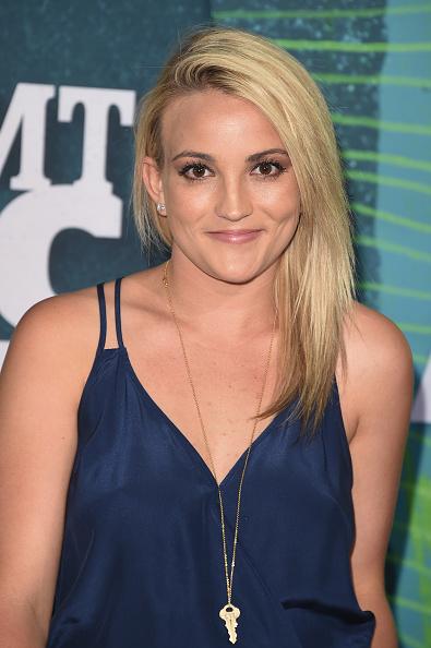 Jamie Lynn Spears「2015 CMT Music Awards - Arrivals」:写真・画像(2)[壁紙.com]
